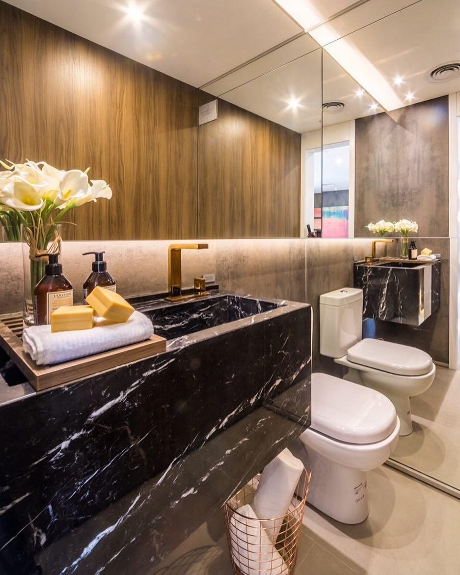 mármore Nero na decoração do banheiro