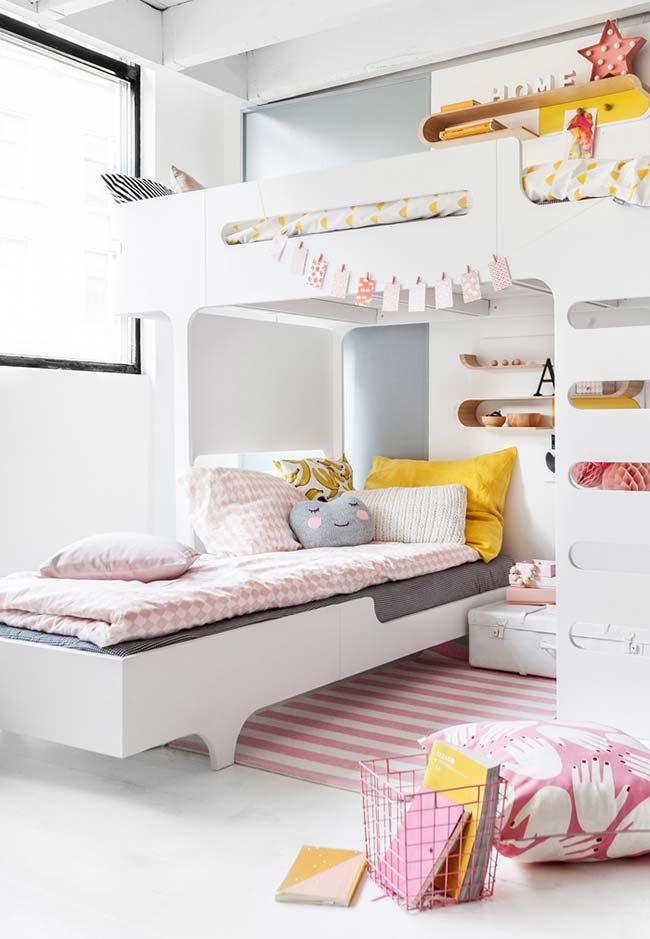 Móvel planejado com duas camas para as meninas