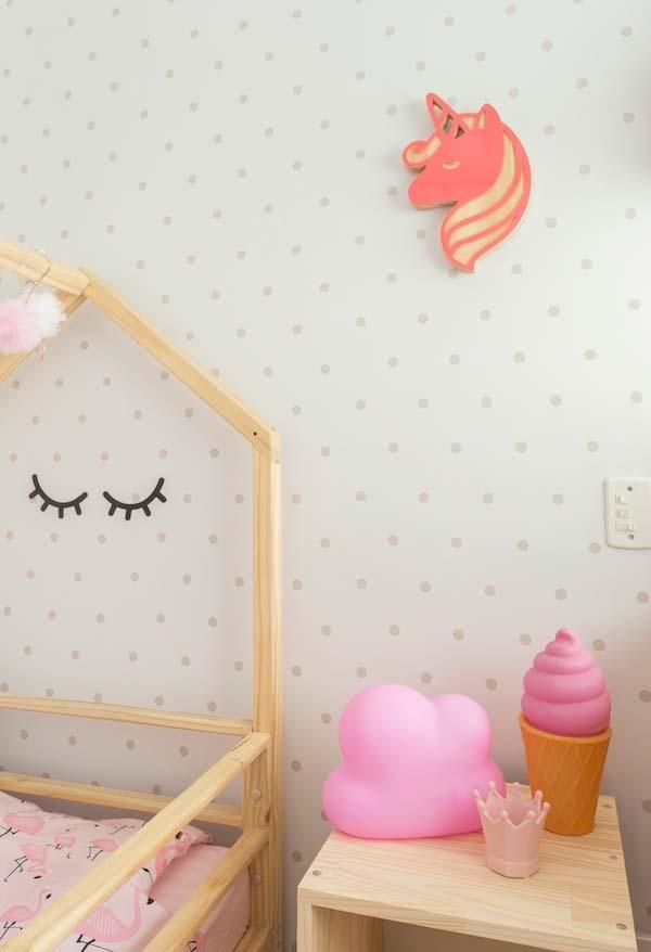Decoração de quarto de menina com rosa