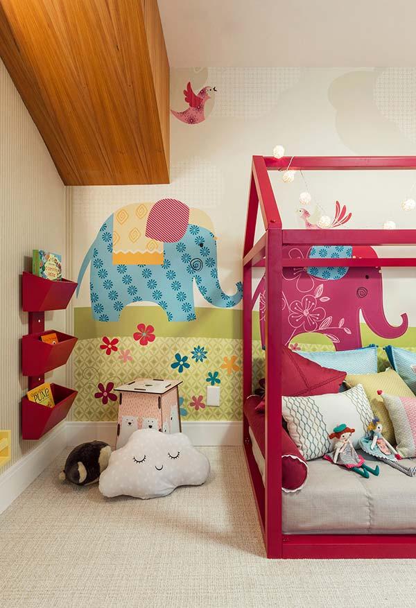 Papel de parede com tema floresta e Elefante