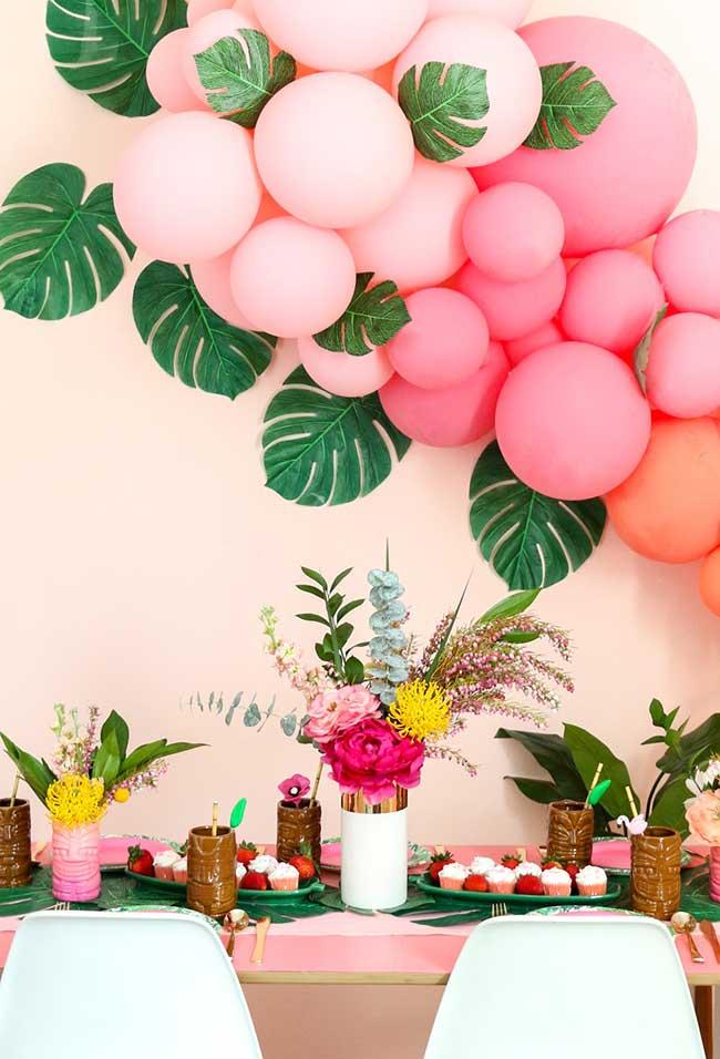 Decoração com balões para o tema Moana