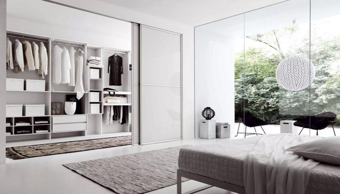 Monte um closet para que tenha o espaço ideal de circulação