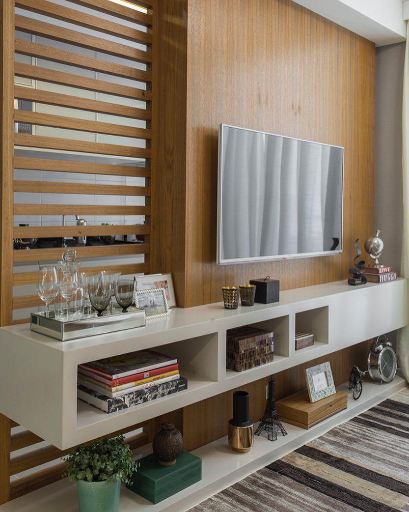 Em casas decoradas: o painel de qualquer ambiente pode ter uma parte vazada.