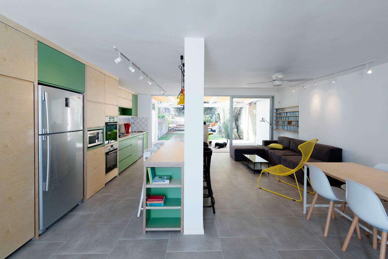 Casa decorada com verde e amarelo