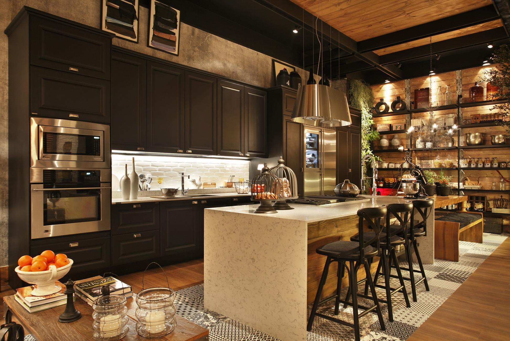 Cozinha gourmet com decoração preta