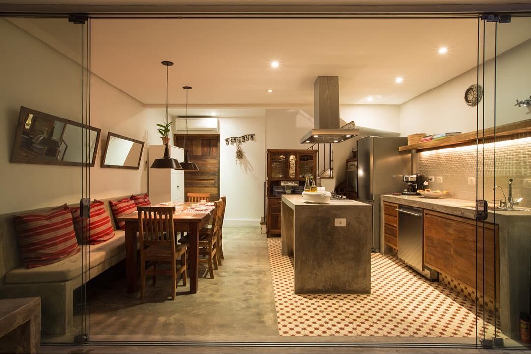 Cozinha gourmet com estilo rústico