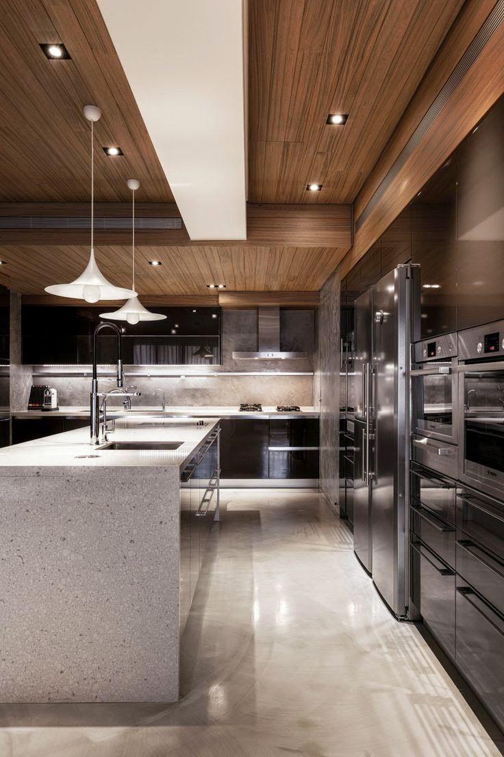 Eletrodomésticos de inox na cozinha gourmet