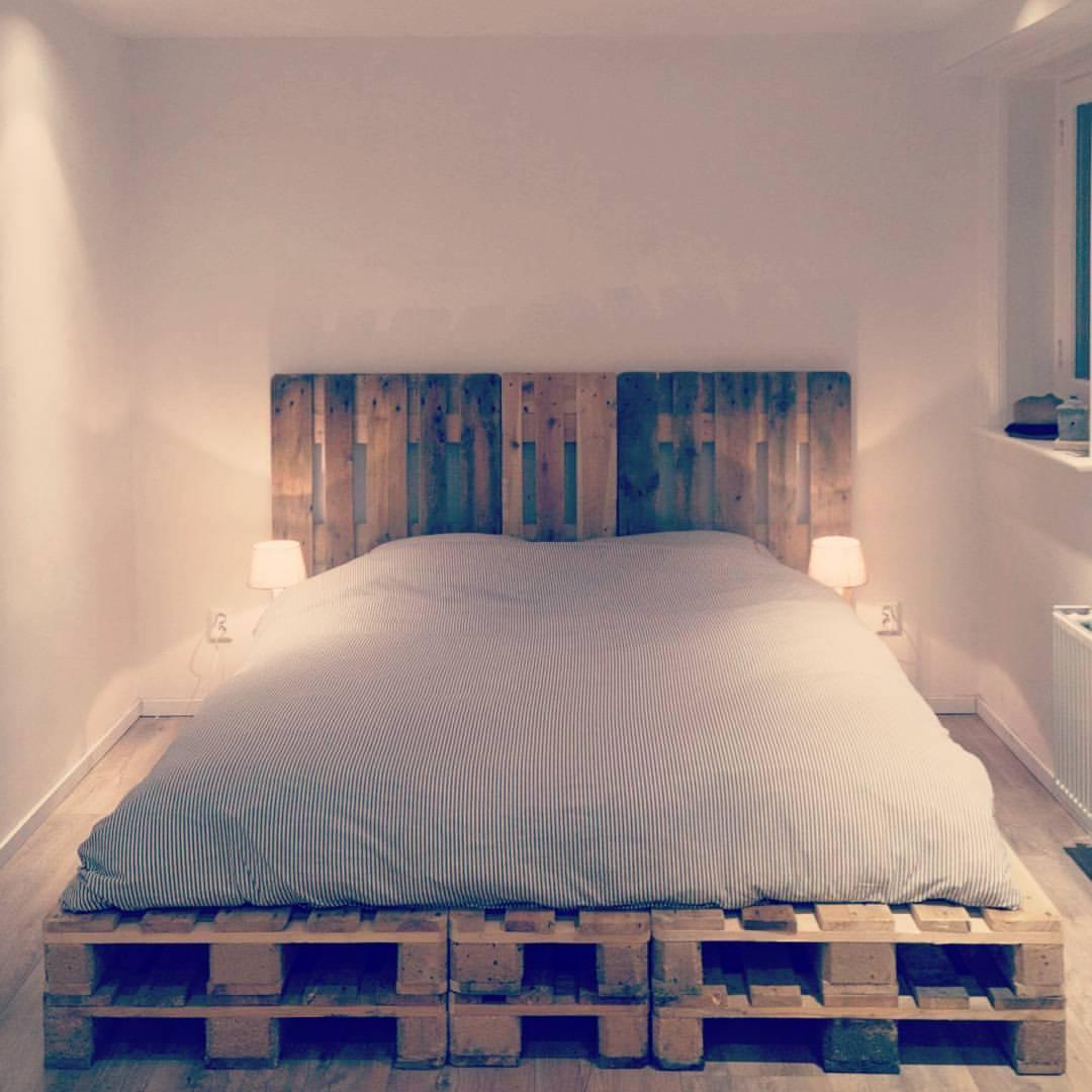 Cama em paletes madeira serrada para paletes estrados for Cama cama cama