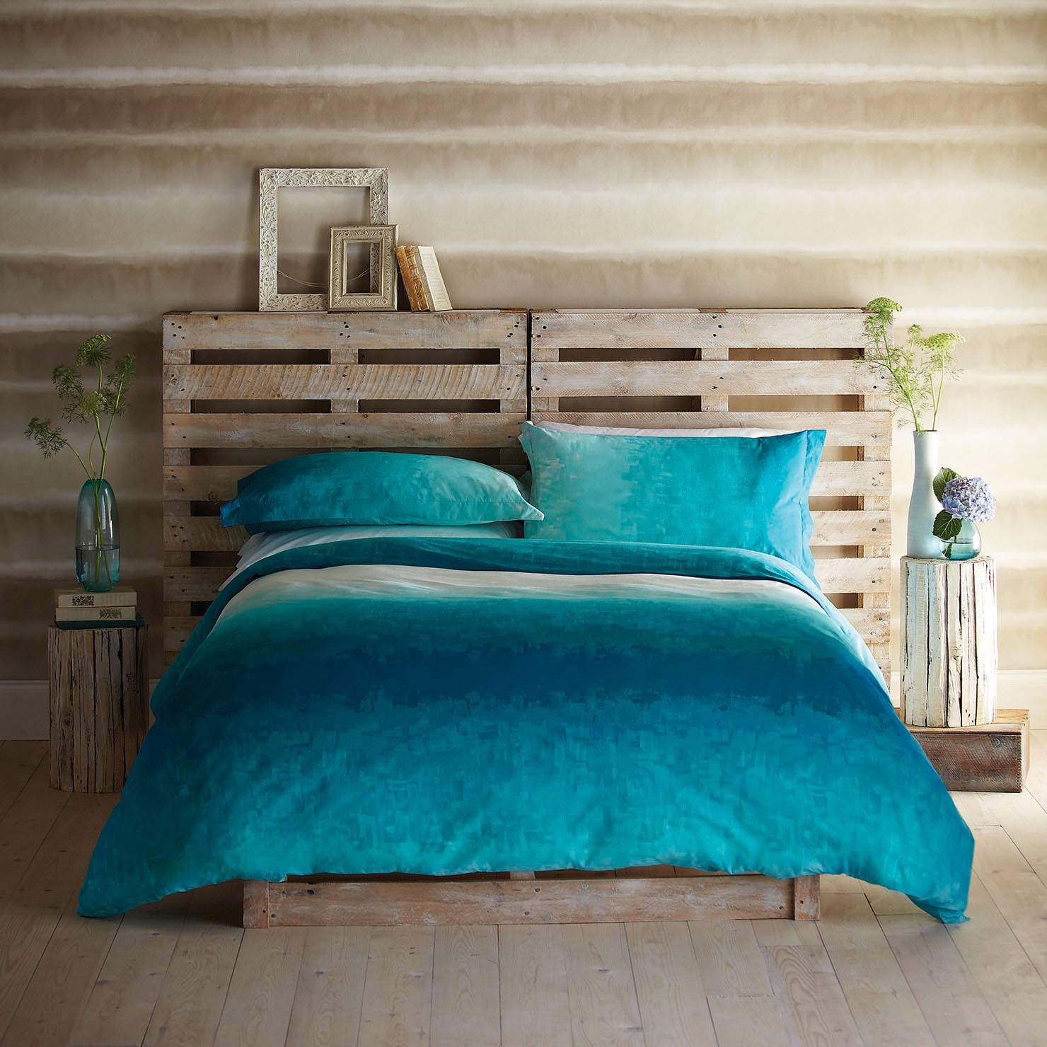 Escolha uma roupa de cama especial que se destaque na composição