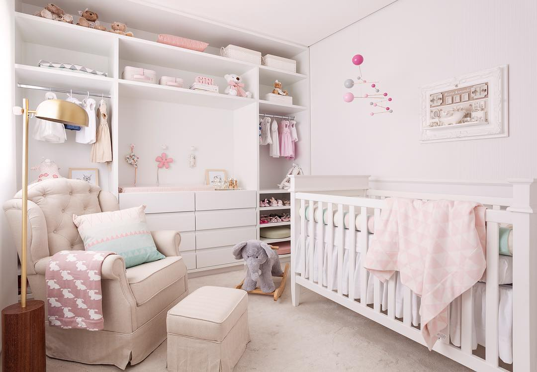 decoração de quarto de bebe rosa