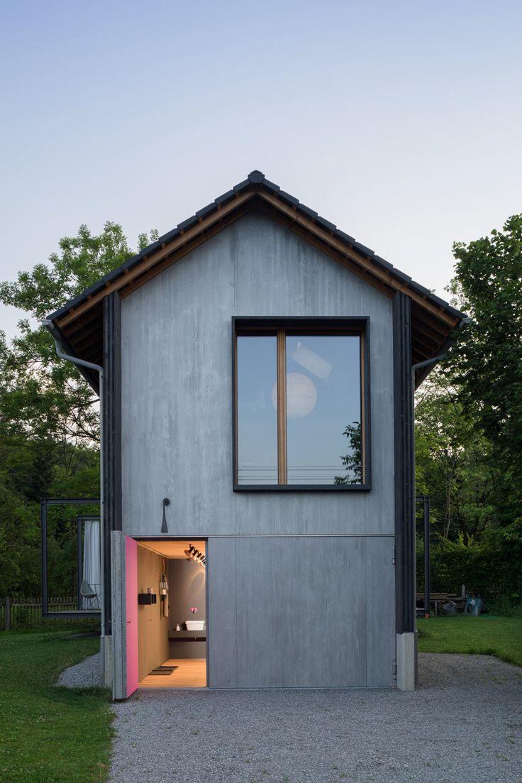 O revestimento externo dessa casa demonstra o estilo da construção.
