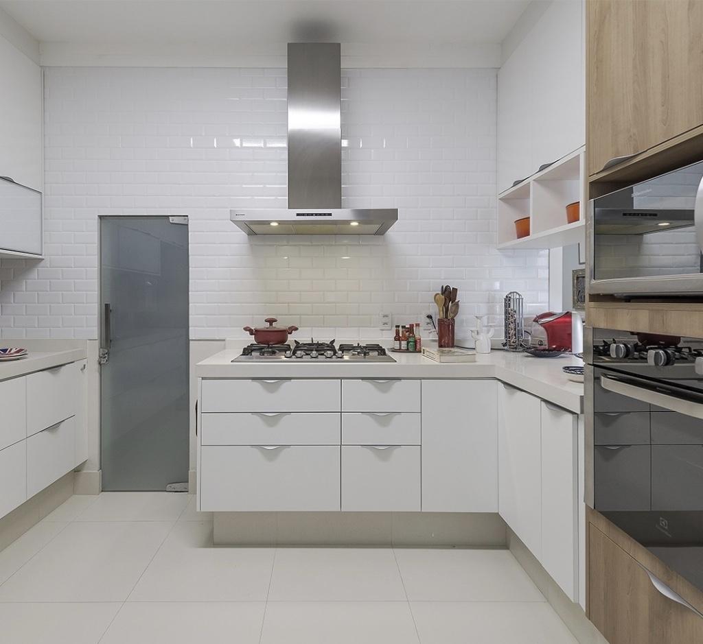 Cozinha Planejada Em L Veja Tambm Fotos De Salas Decoradas E