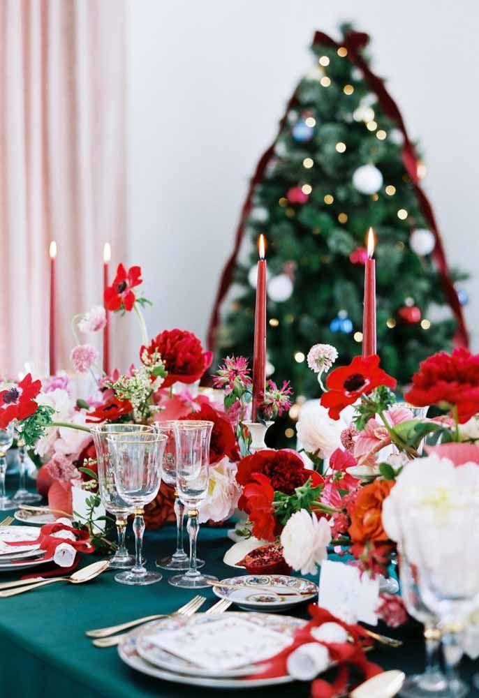 Arranjos de mesa de Natal para incrementar o jantar