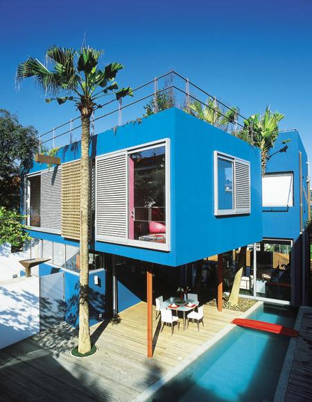 Cores de casas: uma casa moderna pode ganhar uma pintura viva e uniforme