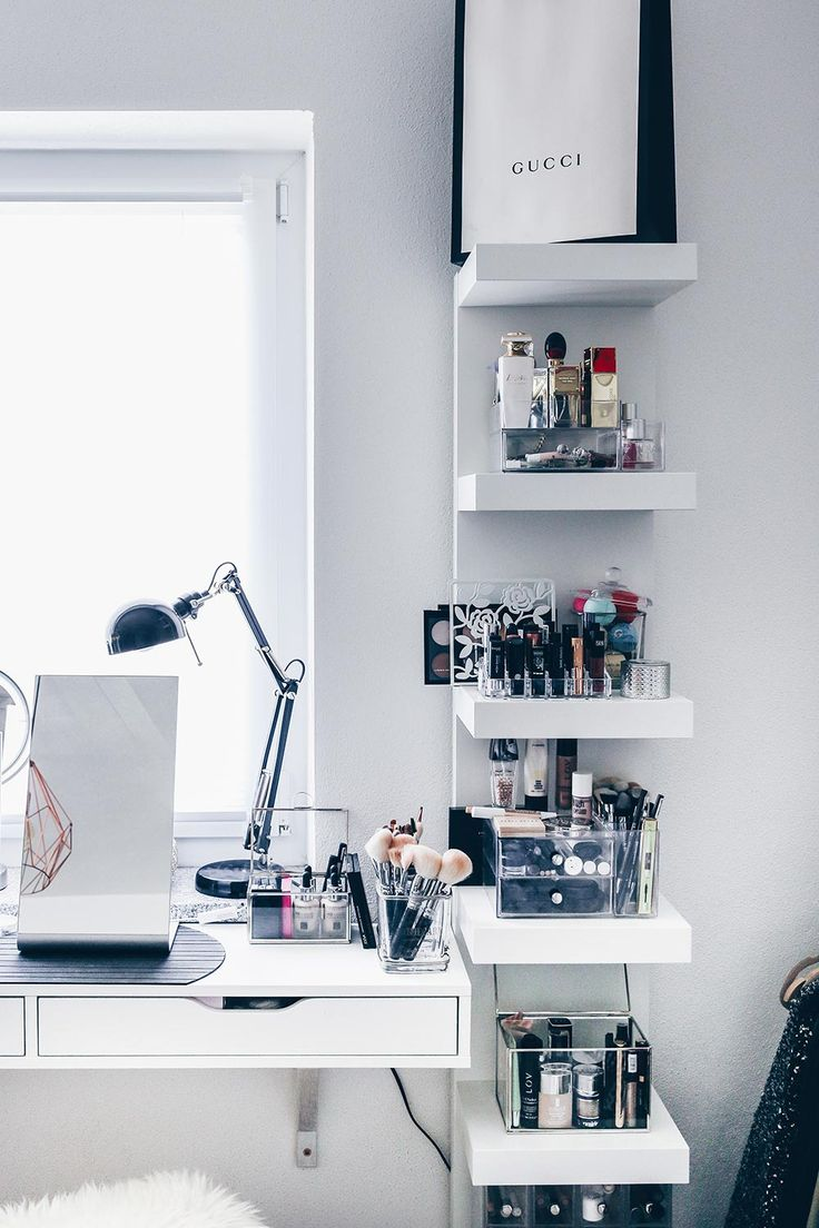 Mesa De Maquiagem 60 Ideias Para Decorar E Organizar ~ Mesas De Estudo Para Quarto Pequeno