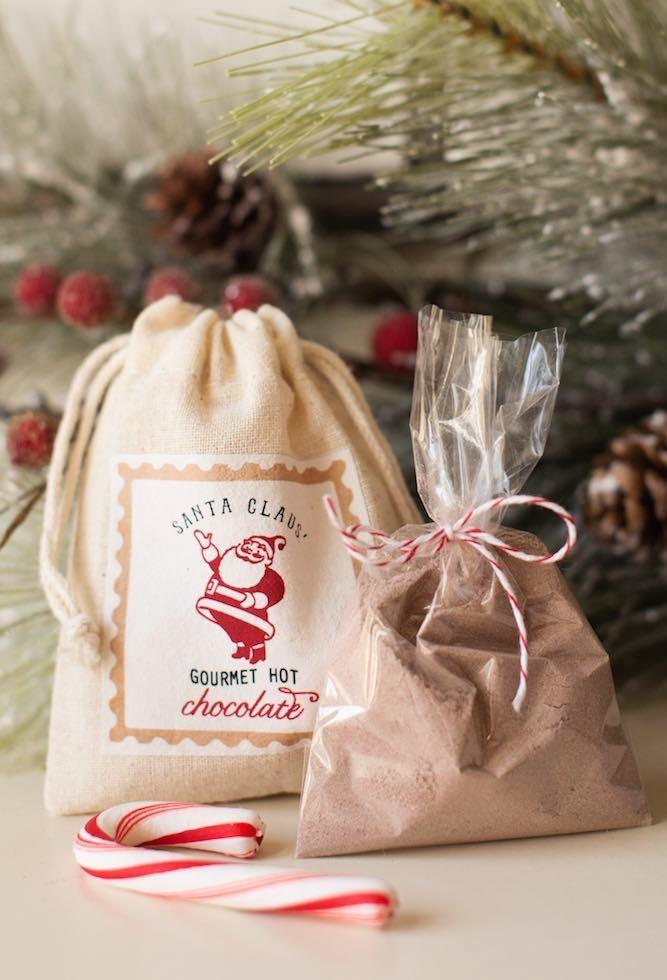 O que tem dentro do saco de presentes do bom velhinho?