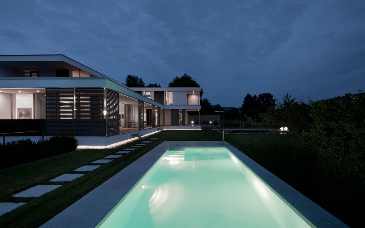 casas em l 63 projetos com plantas e fotos para se inspirar. Black Bedroom Furniture Sets. Home Design Ideas