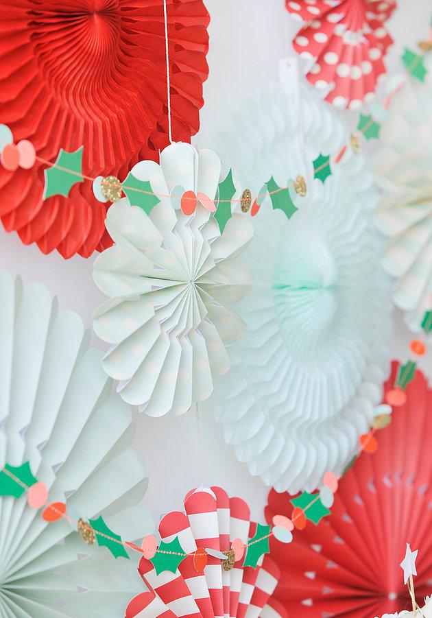 Colméias e cortinas de papel: a variedade de materiais é tamanha, por isso, explore, pesquise e analise quais realmente compensam!