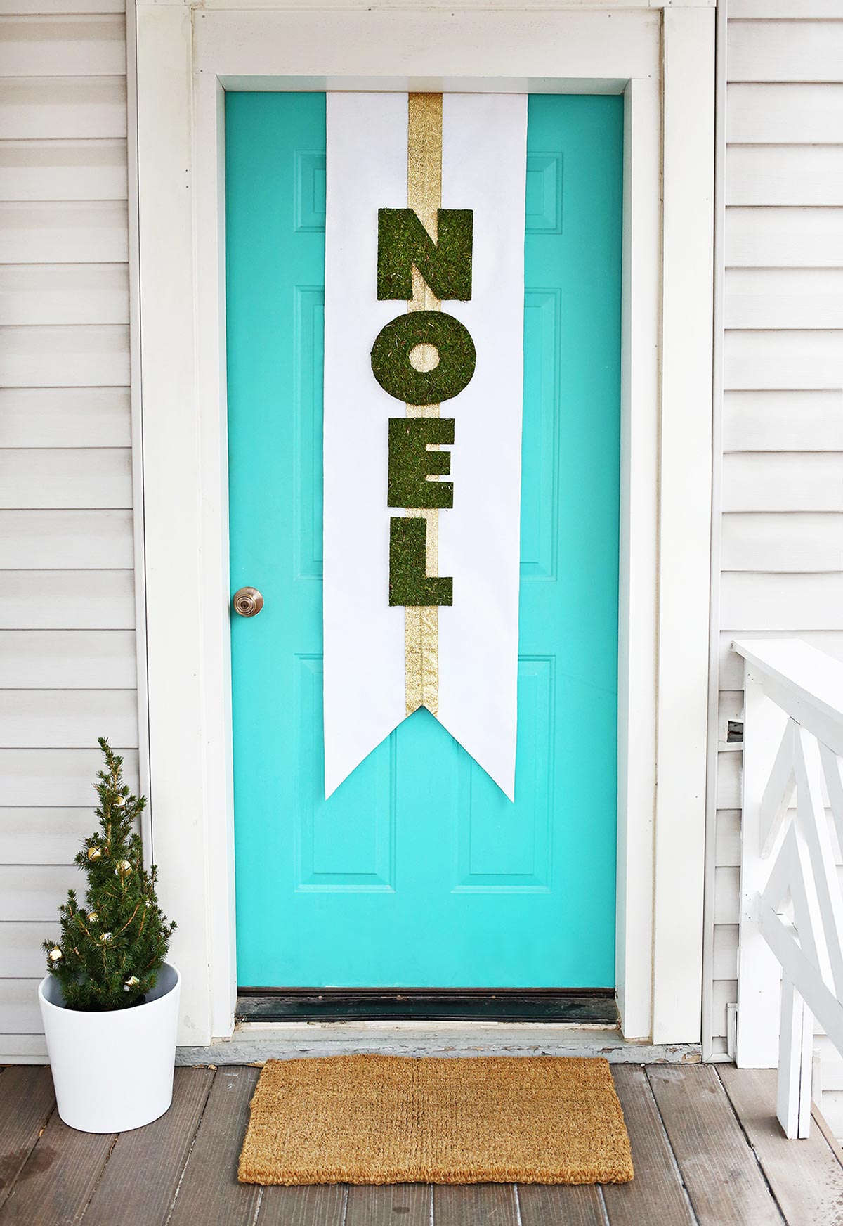 Sinalize: enfeites de Natal para portas e janelas