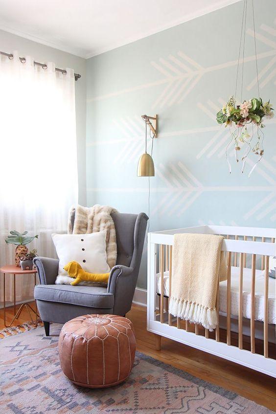Mistura de cores no quarto de bebe