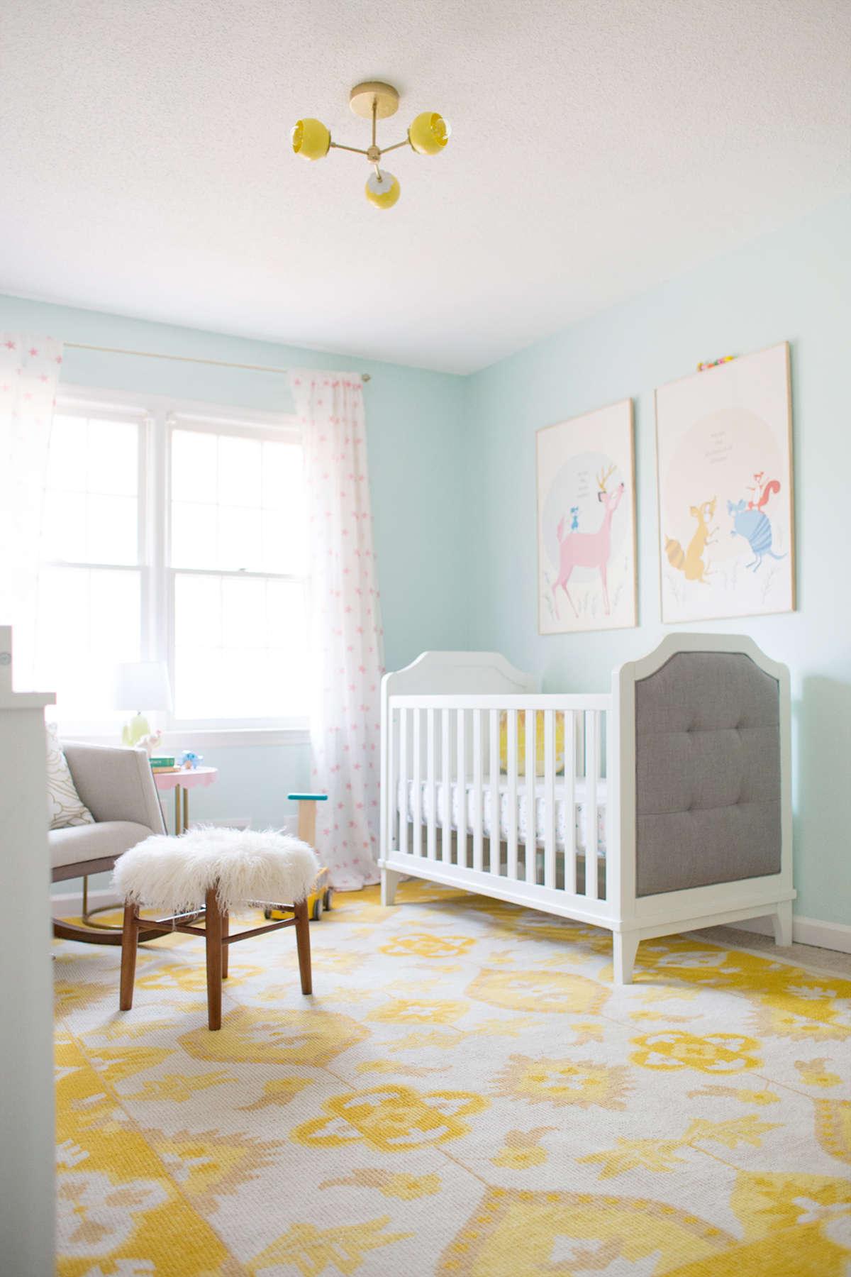 Decoração de quarto de bebe com candy colors