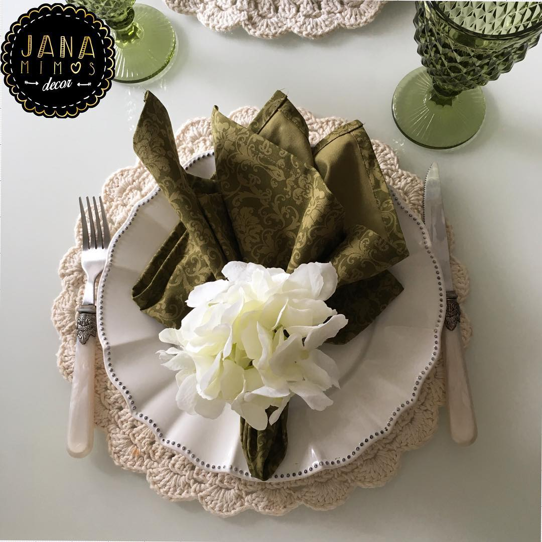 Use a cor natural do barbante para combinar com outros itens decorativos.