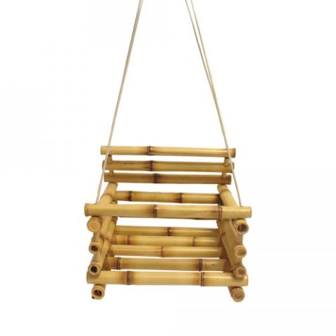 Balanço infantil de bambu