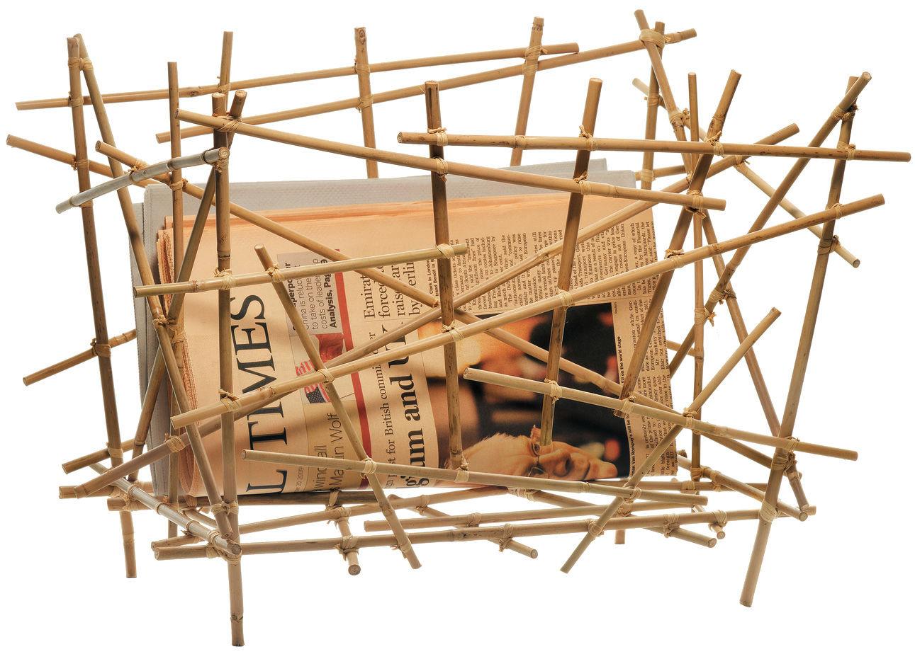 Revisteiro moderno de bambu