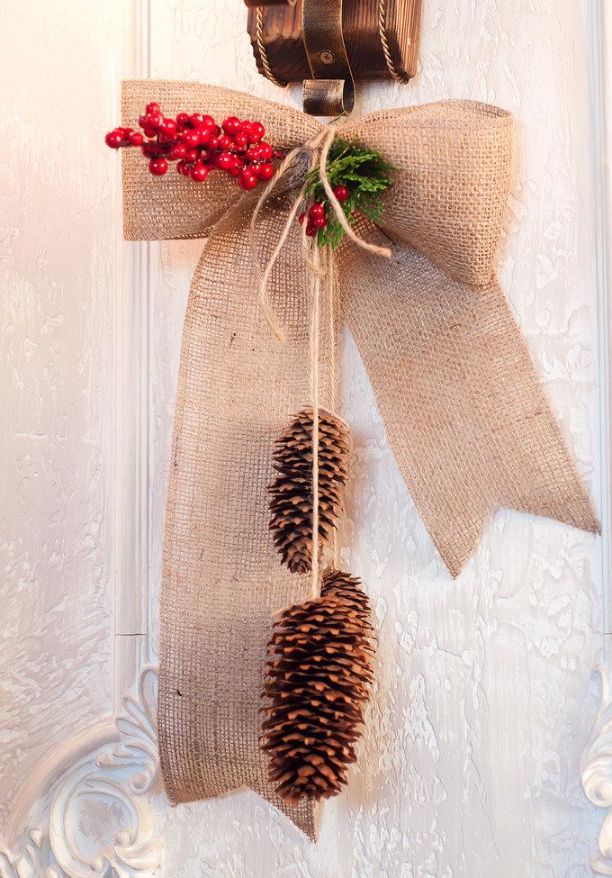 Enfeites de Natal para portas de entrada.