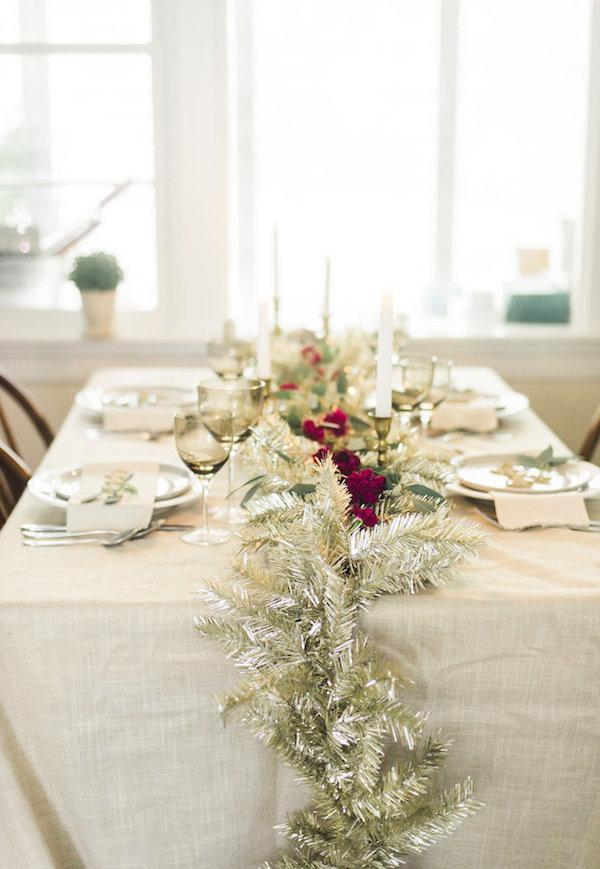 Decoração de Natal simples para mesa.