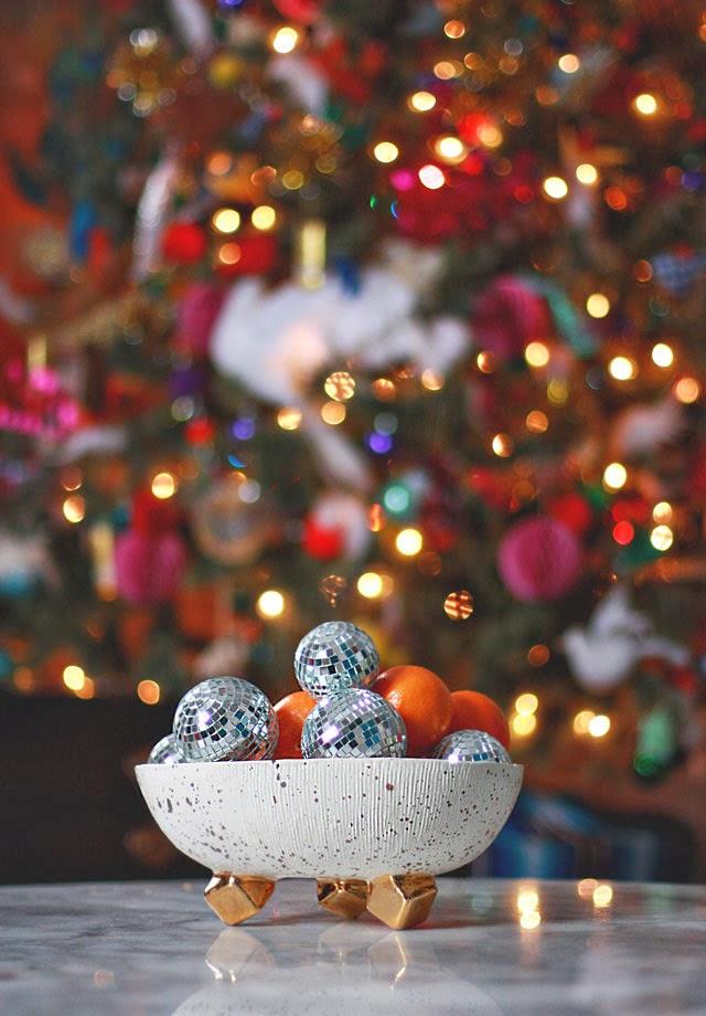 Decoração de mesa de Natal barata.
