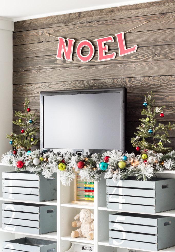 Transmita o espírito de Natal em todos os cômodos, inclusive na sala de TV!