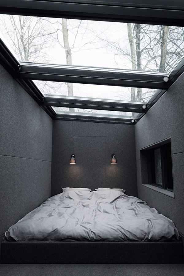 Quarto com telhado de vidro