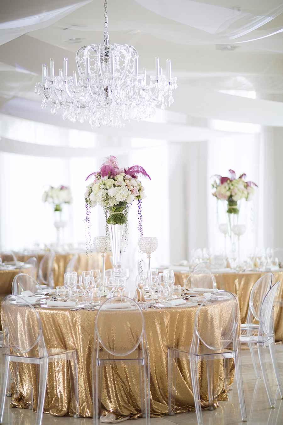 Toalha de mesa festiva para um casamento mais clean
