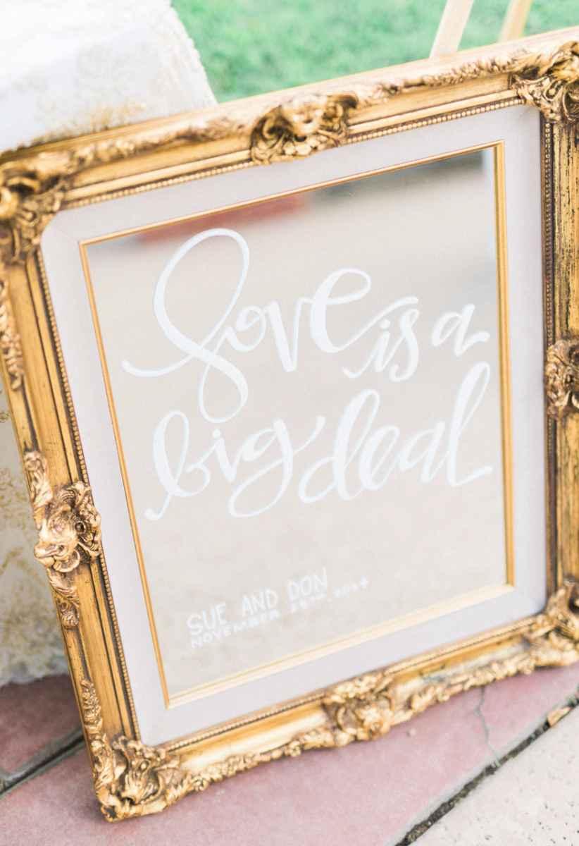 O amor é um grande negócio.