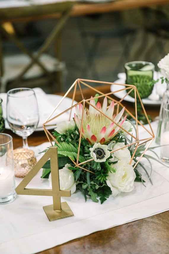 A tonalidade na composição dos arranjos de mesa.
