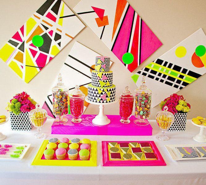 Festa Neon: 60 ideias de decoração e fotos do tema