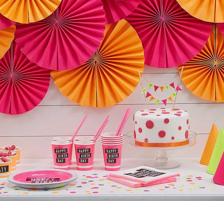 Deleite para os olhos: um convite para festa neon!