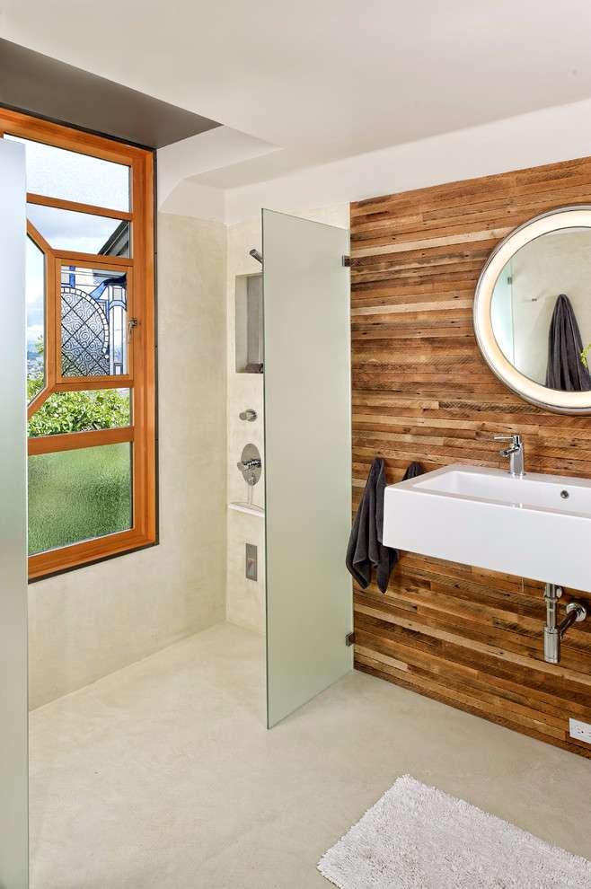 Aplicação correta da madeira fora de contato com a área molhada.