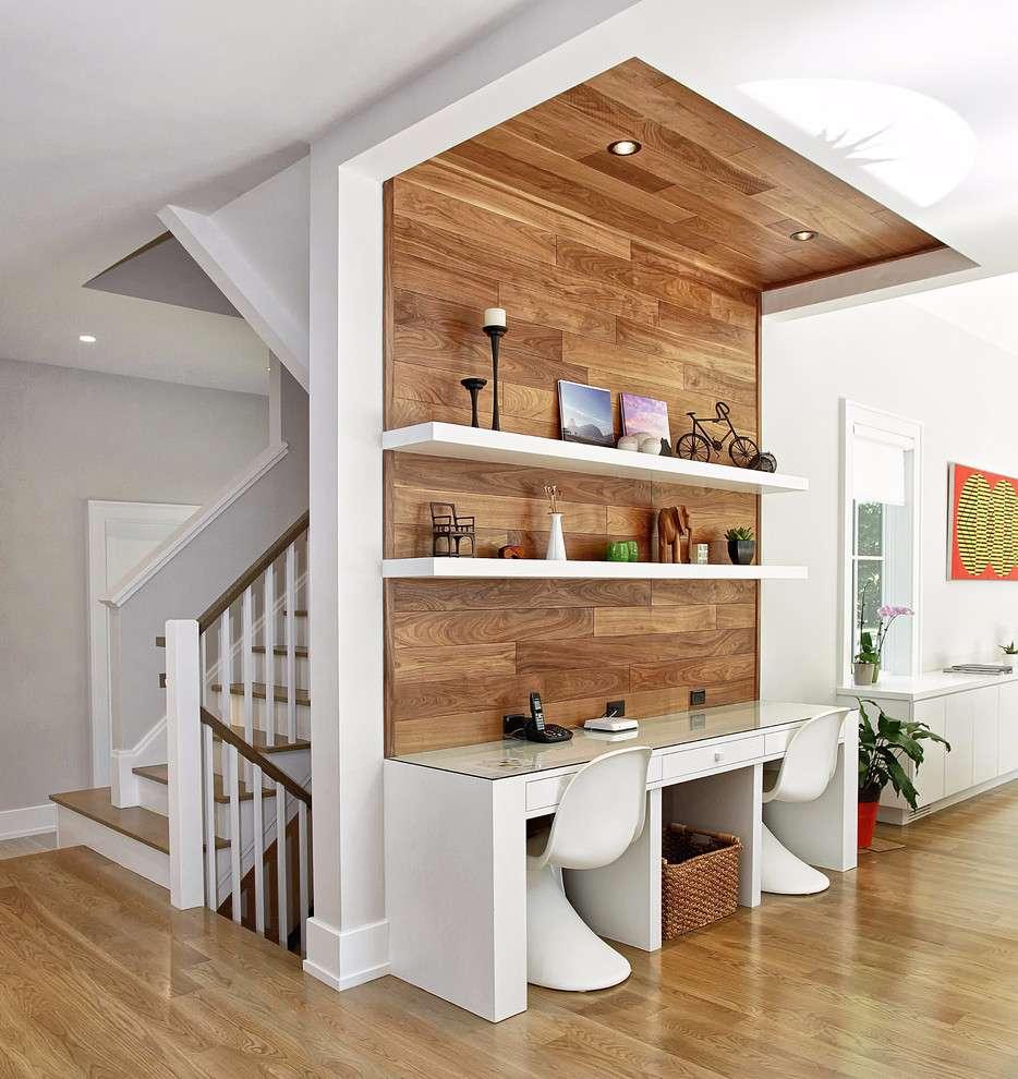 Destaque a área do home office com um revestimento especial e diferenciado.