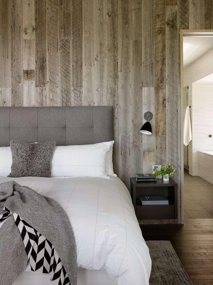 Para uma decoração neutra, escolha uma madeira que se assemelhe a proposta do quarto de casal.