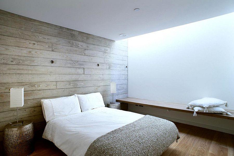É possível aplicar a madeira em um quarto neutro mantendo a mesma proposta.