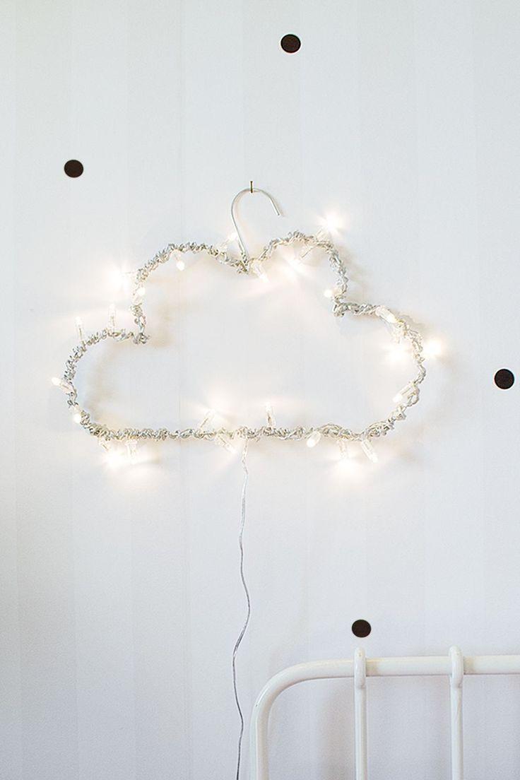Iluminação em formato de nuvens