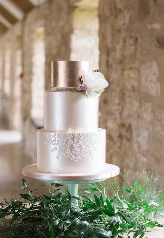 Modelo de bolo fake para noivado