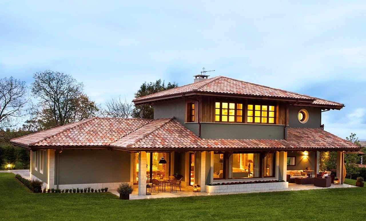 Casa com telhas cerâmicas