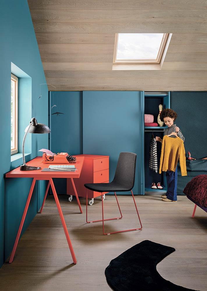 Decoração de quarto com a cor azul turquesa