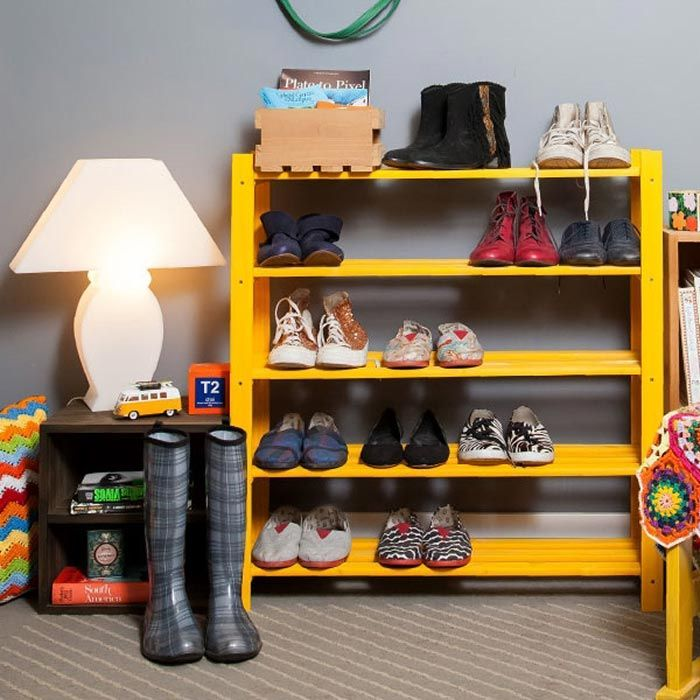 Prateleira de pallet para sapatos