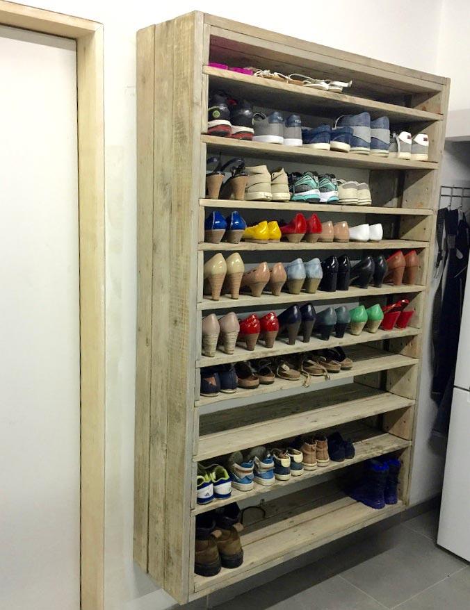 Sapateira de pallet 50 modelos fotos e passo a passo f cil for Modelos de zapateras para closets