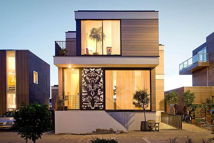 Planos de vidro que valorizam a construção