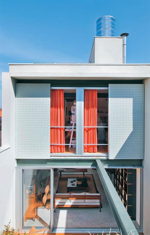 Portas deslizantes dão flexibilidade a construção